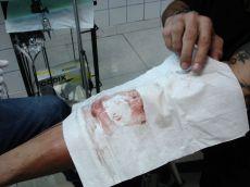 Stencil de sangre Homenaje Tattoo by Javi